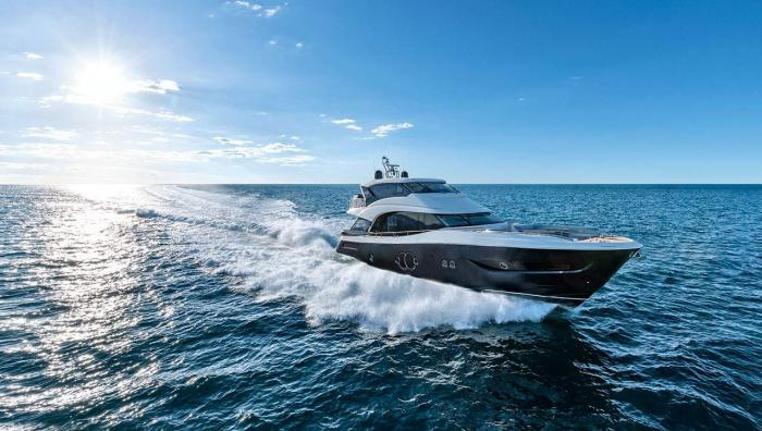 Monte Carlo Yachts - MCY 76 Skylounge